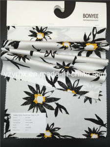 Finished Fabric 100% Cotton Twill Printed White Ground with Flower pictures & photos