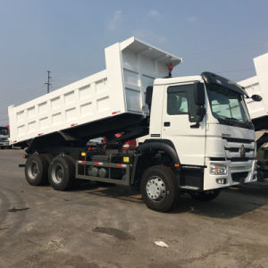 HOWO 6X4 Tipper with Berth (ZZ3257N3247B) pictures & photos