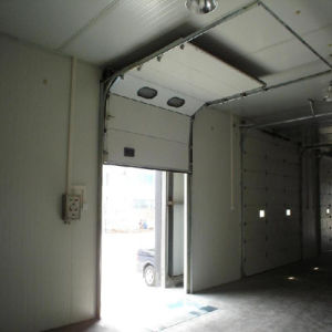 Electric Automatic Residential Garage Doors/Industrial Door/Sectional Door (HF-38) pictures & photos
