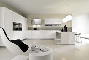 High Gloss White Kitchen Cabinet pictures & photos