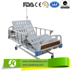 Folding Hospital Bed for Sick Patient OEM Designed pictures & photos