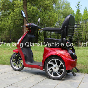 Electric Power Invalid and Elderly Scooter / Invalid and Elderly Vehicle (ST095) pictures & photos