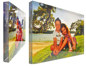 Frameless Free Standing Lucite Acrylic Picture Block pictures & photos