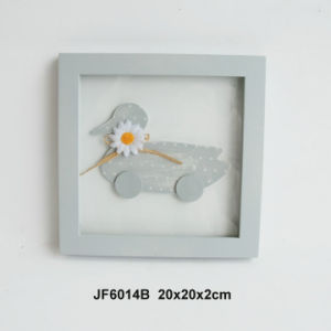 En71 ASTM Standard Wooden Butterfly Photo Frame with Artificial Daisy pictures & photos