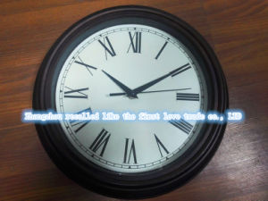 14 Inch Family Wall Clock pictures & photos