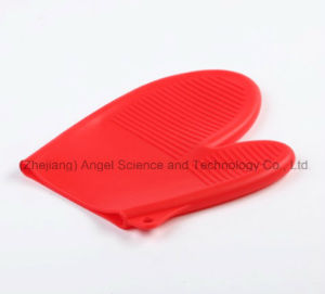 Short Silicone Cooking Baking Glove Rubber Glove Oven Mitten Sg13 pictures & photos