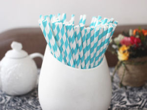 Light Blue Striped Paper Straws for Kid′s Birthday Party pictures & photos