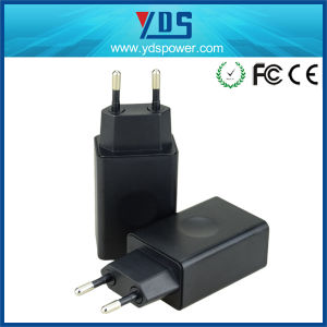 Portable Fast Charging Quick Charger 3.0 USB Charger 18W pictures & photos
