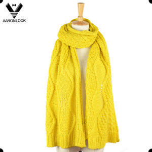 Women Winter Acrylic Cable Jacquard Pattern Scarf pictures & photos