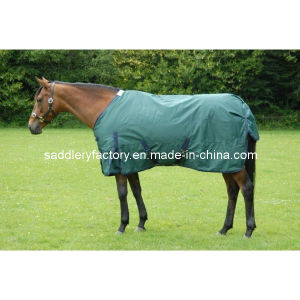Winter Warm Waterproof Green Horse Turnout Rug (SMR1131) pictures & photos