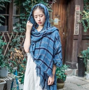 Fashion Design Cotton Linen Material Spring Plaid Scarf pictures & photos