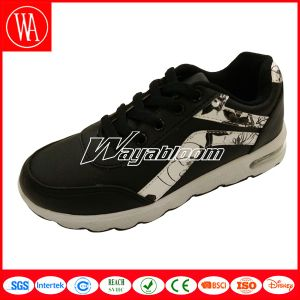 Autumn Lace-up Waterproof Kids Sports Shoes pictures & photos