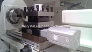 Chinese High Quality Heavy Duty CNC Lathe (CK6150T) pictures & photos