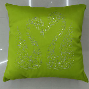 Hand-Made Decorative Pillow Diamond Ironing Decorative Cushion (XPL-50) pictures & photos