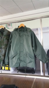 Waiter Proof Hunting Camouflage Soft Shell Tactical Jacket pictures & photos