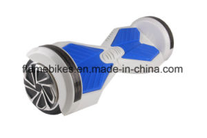 Balance Scooter with 700W RC Bluetooth, Flashing Right pictures & photos