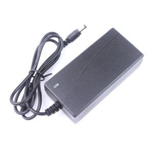 12V 6A AC Adapter 72W with RoHS Ce Certification pictures & photos