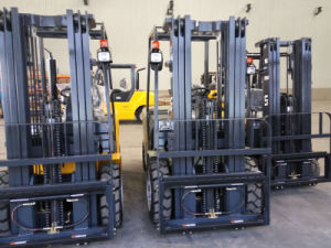 3-Wheel Electric Forklift pictures & photos