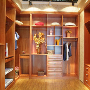 Walk in Wooden Wardrobe Furniture pictures & photos