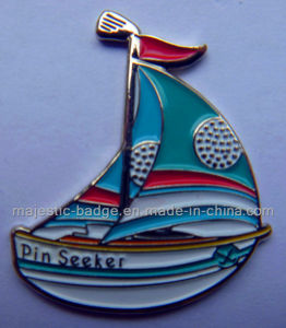 Customized Nickel Gold Plating Cute Boat Lapel Pin (MJ-PIN-080) pictures & photos