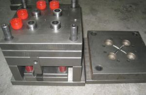 Cap Injection Mold pictures & photos