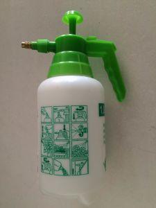 1000ml Big Plastic Spray Bottle pictures & photos