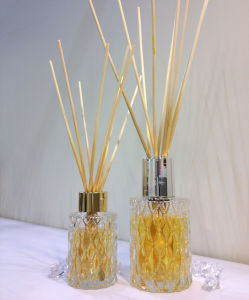 Classical Design Pearl Metal Plating with Wood Glass Reed Diffuser pictures & photos