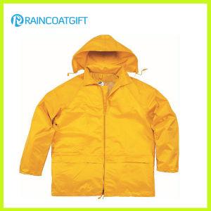 Hight Quality Durable Waterproof Men′s Rain Jacket pictures & photos