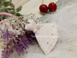 Customized Scented Ceramic Wedding Car Air Freshener (AM-24) pictures & photos