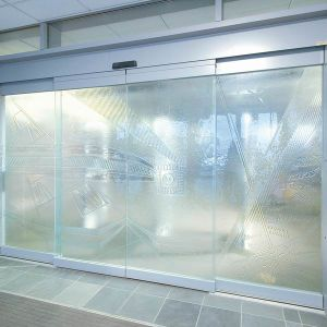 Automatic Sliding Sensor Glass Door, Frameless, with Fire-Alarm Siginal Terminal, En16005 pictures & photos