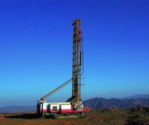 Surface Blasting Drill Rig with Roller Bit pictures & photos