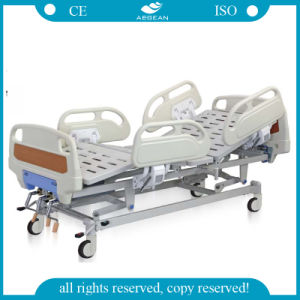 3-Crank Manual Hospital Bed Furniture AG-Bys004 pictures & photos