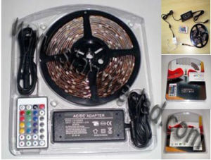 Flexible 12V RGB LED Strip Light Kits/Sets (RGB SET A IP20) pictures & photos
