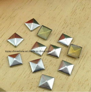 8mm Copper Silver Patches Flatback Glue on Pyramid Studs Hotfix on Copper Punk Rivet Nailhead (FB-8mm square) pictures & photos