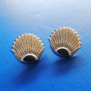Scallop Shape Metal Rivet for Jeans (RV00045) pictures & photos