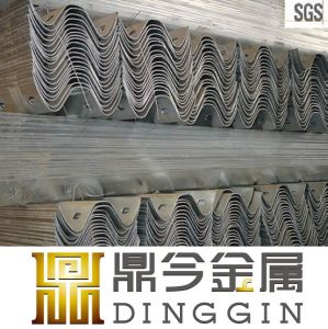 Hot DIP Galvanized Highway Fence pictures & photos