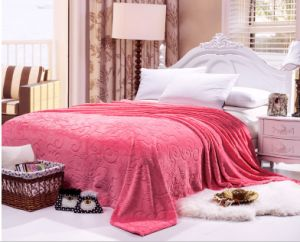 2015 Winter Very Warm Solid Color Embossed Flannel Blanket pictures & photos