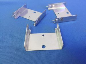 Aluminum Plate Stamping Parts Electronic Heatsink Punch Parts pictures & photos