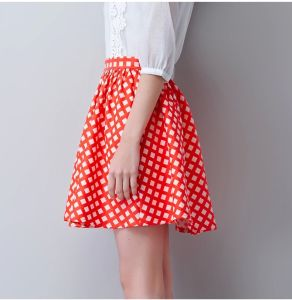 Hot Sale Fashion Ladies Casual Point Printing Skirt for Summer pictures & photos