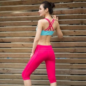 Custom Made Crossfit Women Running Sports Bra pictures & photos