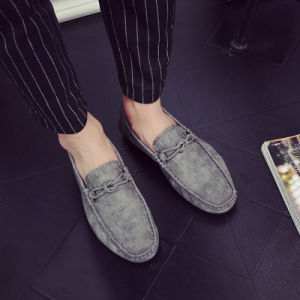 2017 British Male Crocodile Shoes Metrosexual Doug PU Leather Shoes Lazy Driving Shoes Rubber Sole pictures & photos