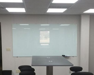 Factory Wholesale Tempered Glass Writing Whiteboard for Office pictures & photos