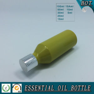 Yellow Green European Glass Essential Oil Bottle with Silver Aluminum Cap pictures & photos