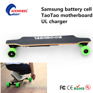 USA Warehouse 40km/H Dual Hub Motor Electric Skateboard pictures & photos