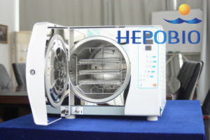 25L Medical Supply High End Pulse Vacuum Sterilizer Dental Autoclave Sterilizer pictures & photos