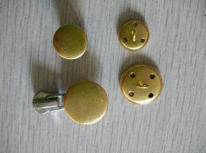 15mm 21mm Metal Button Brass Button 2.0g/PCS 1.42g/PCS pictures & photos