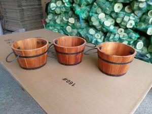 Vintage Farm Garden Decorative Small Round Wood Barrel pictures & photos