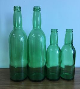 Green Color Glass Bottle/ Glass Beer Bottle pictures & photos