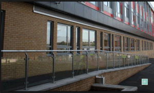 Brushed Mirror or Satin Outdoor Stainless Handrail Post pictures & photos