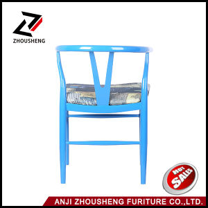 Hot Sale Archaistic Colorful V Back Metal Dining Chair with Soft Cushion pictures & photos